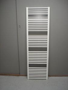 Badkamer radiator 40 cm breed digtotaal for Ladeblok 40 cm breed