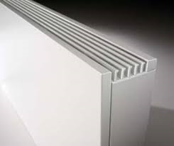 Jaga Strada wandmodel wit 20 cm hoog x 90 cm lang en type 10 met 590 Watt