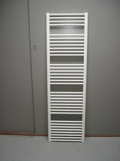 Design radiator wit 200 cm hoog x 90 cm breed met 1923 Watt