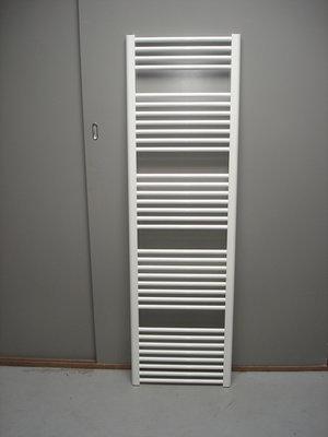 Designradiator wit 75 cm breed x 210 cm hoog met 1615 Watt