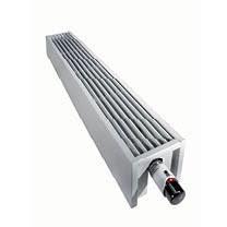 Jaga mini wandmodel in het wit van 13 cm hoog x 100 cm lang en type 05 met 329 Watt